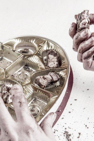 Jul, alenehed og overspisning