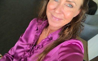 Familien S deler deres erfaringer og udbytte af familie terapiforløb ved Hanne Kirkegaard
